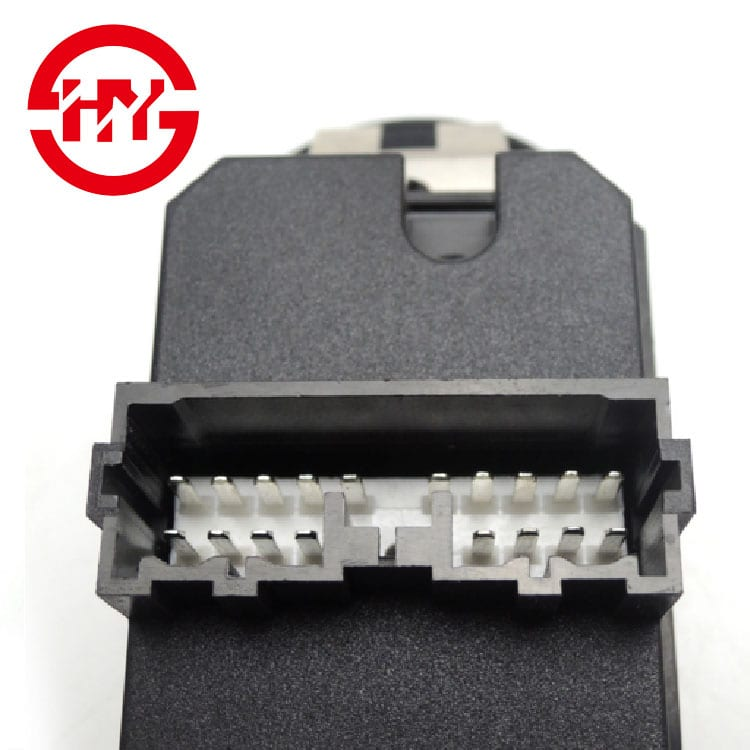 MR740599 Driver Side Electric Master Window Switch Fit for  Carisma DA_ 1995-2006