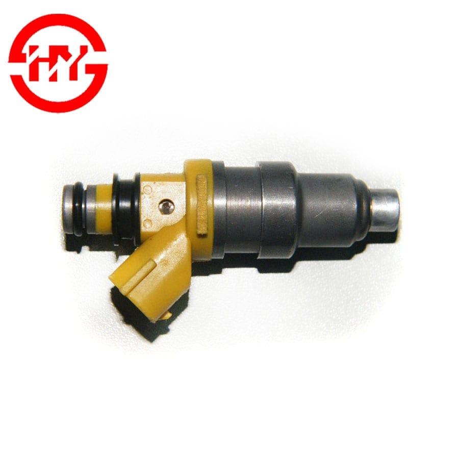 Racing fuel injector fuel oil spray nozzle OEM 23250-70040 23209-70040 for MS135 MA70 7MGE